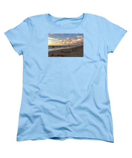 Cloudy Horizon  Women's T-Shirt (Standard Cut)