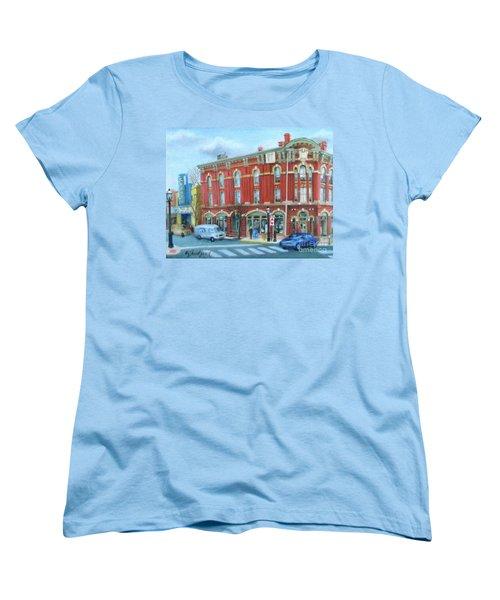 dDowntown Doylestown Women's T-Shirt (Standard Cut)