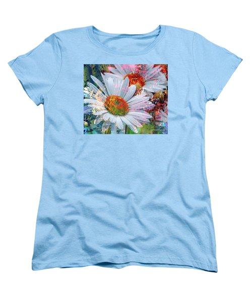 Delightful Daisies Women's T-Shirt (Standard Cut)
