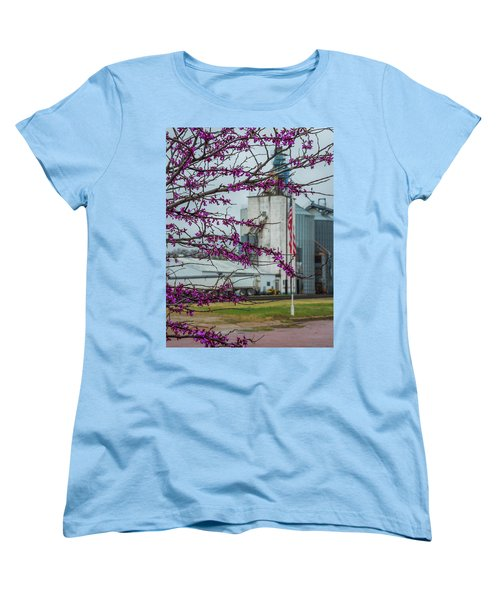 Women's T-Shirt (Standard Cut) featuring the photograph Ellsworth Blooms by Darren White