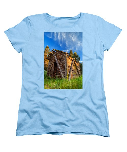 Evening Light On An Old Cabin Women's T-Shirt (Standard Cut)