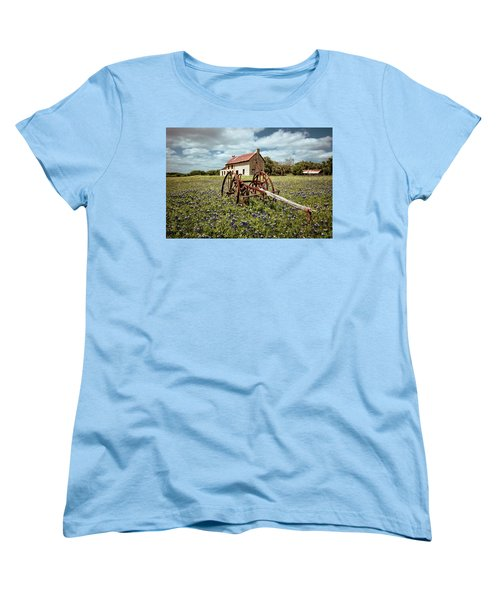 Women's T-Shirt (Standard Cut) featuring the photograph Final Resting Place by Linda Unger
