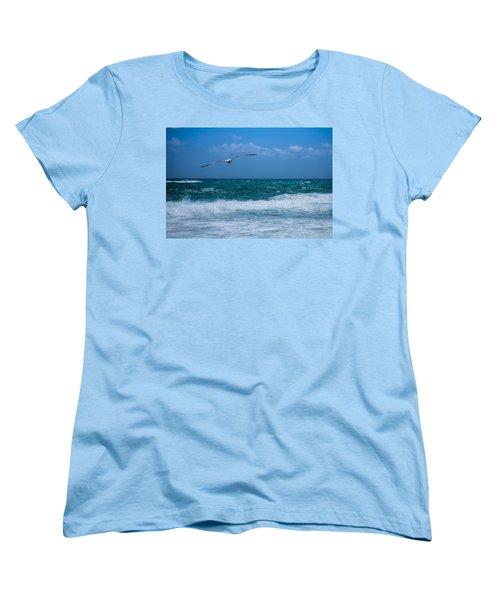 Women's T-Shirt (Standard Cut) featuring the photograph Florida Seagull In Flight by Jason Moynihan