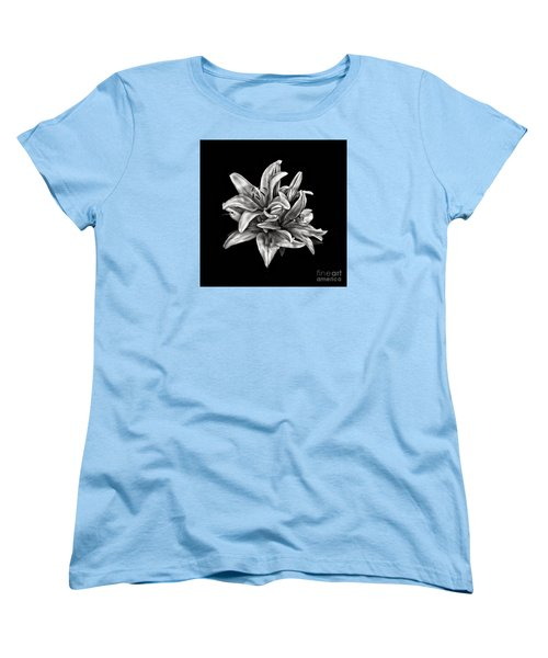Flowers 8449 Women's T-Shirt (Standard Cut) by Walt Foegelle