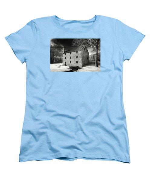 George Washingtons Gristmill Women's T-Shirt (Standard Cut) by Paul Seymour