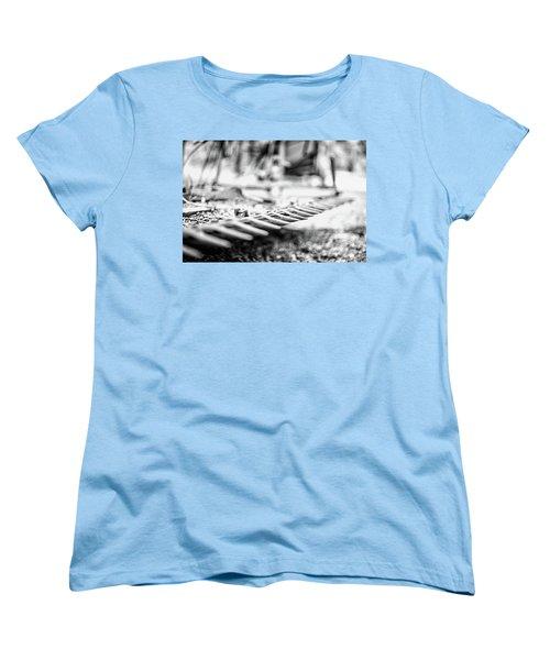 Got Teeth? Women's T-Shirt (Standard Cut)