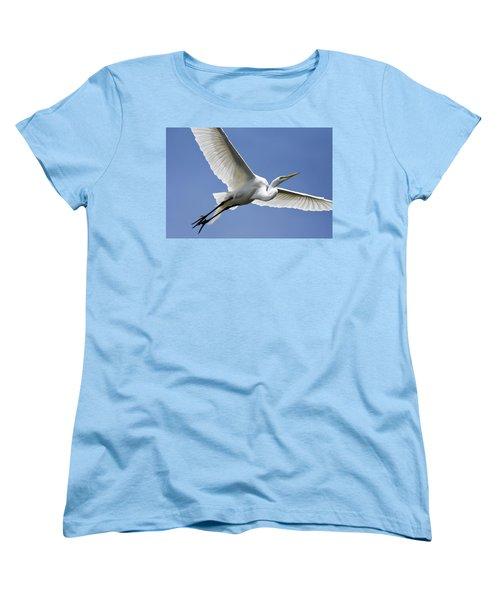 Women's T-Shirt (Standard Cut) featuring the photograph Great Egret Soaring by Gary Wightman