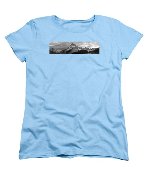Women's T-Shirt (Standard Cut) featuring the photograph Head And Shoulders by David Andersen