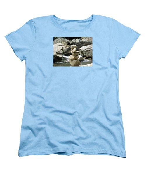 Hum Women's T-Shirt (Standard Cut) by Aaron Martens