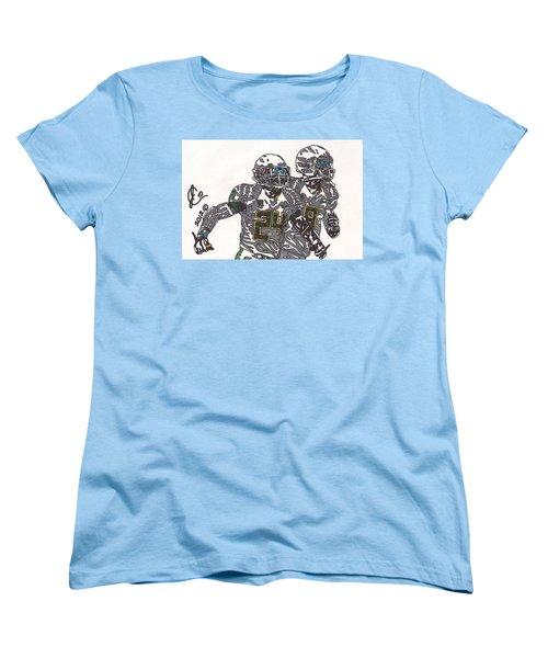 Kenjon Barner And Marcus Mariota Women's T-Shirt (Standard Cut) by Jeremiah Colley