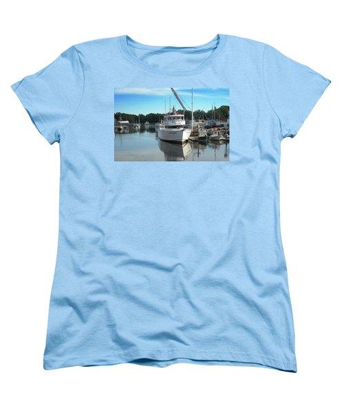 Women's T-Shirt (Standard Cut) featuring the photograph Kennubunk, Maine -1 by Jerry Battle