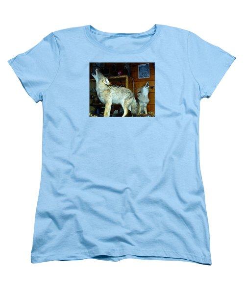 Kings Canyon Lodge Coyotes Women's T-Shirt (Standard Cut) by Amelia Racca