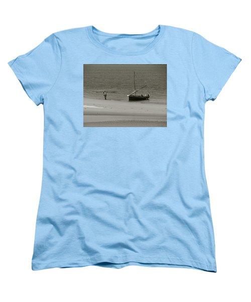 Lamu Island - Wooden Fishing Dhow Getting Unloaded - Black And White Women's T-Shirt (Standard Cut) by Exploramum Exploramum