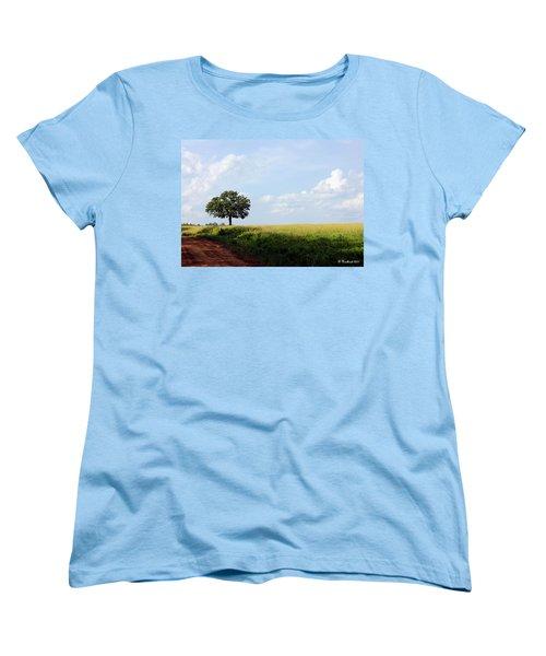 Lone Oak Women's T-Shirt (Standard Cut) by Betty Northcutt