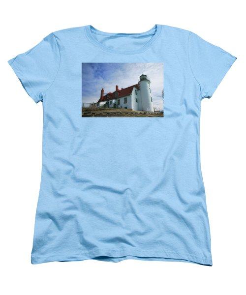 Michigan Lighthouse Women's T-Shirt (Standard Cut)