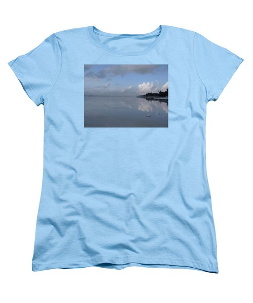 Mirror Ocean Water Women's T-Shirt (Standard Fit)