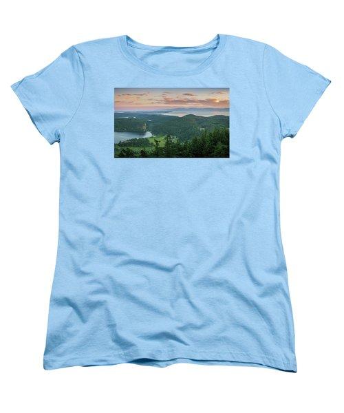 Mount Erie Viewpoint Women's T-Shirt (Standard Cut)