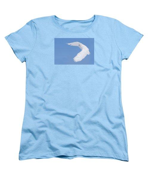 Mr Snowy Owl Women's T-Shirt (Standard Cut) by Mircea Costina Photography