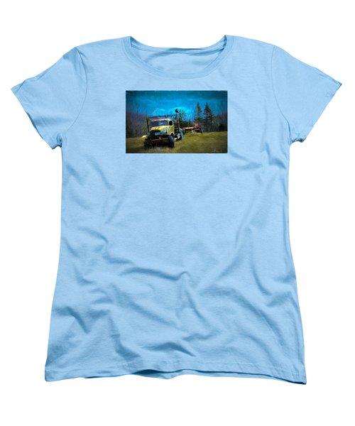 Old Friend Women's T-Shirt (Standard Cut)