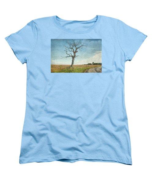 Old Tree  Women's T-Shirt (Standard Cut) by Betty Pauwels