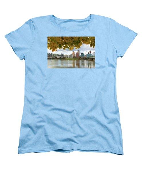 Portland City Skyline Under Fall Foliage Women's T-Shirt (Standard Fit)