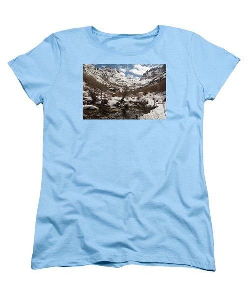 Women's T-Shirt (Standard Cut) featuring the photograph Right Fork Canyon by Jenessa Rahn