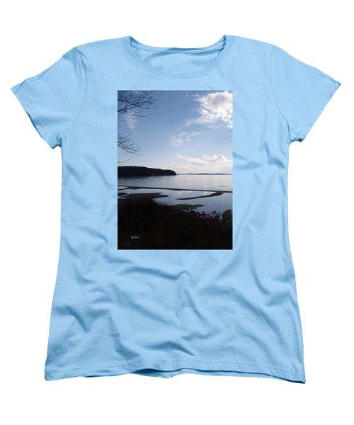 Women's T-Shirt (Standard Cut) featuring the photograph Rock Point North View Vertical by Felipe Adan Lerma