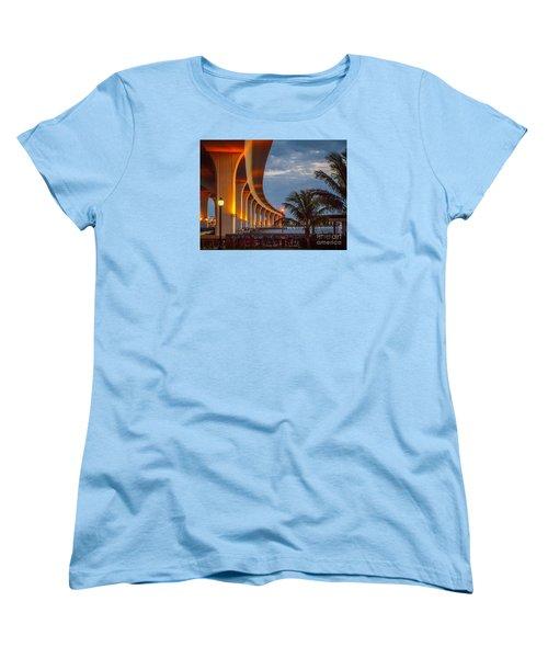 Roosevelt At First Light Women's T-Shirt (Standard Cut) by Tom Claud