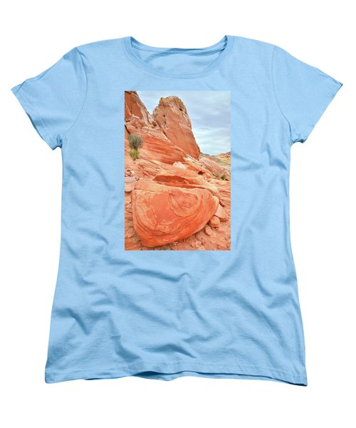 Women's T-Shirt (Standard Cut) featuring the photograph Sandstone Pillar In Valley Of Fire by Ray Mathis