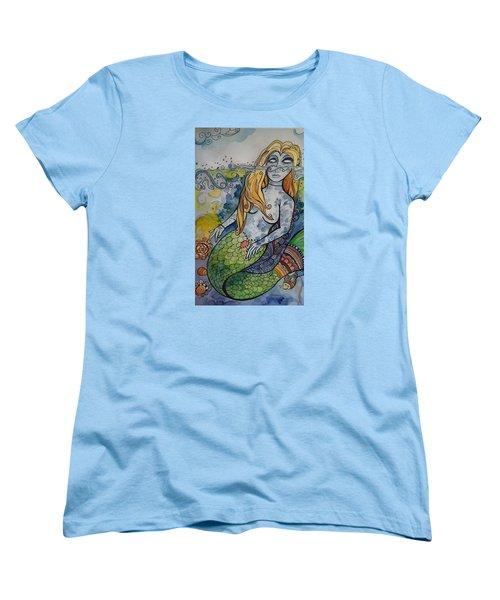 Searching Women's T-Shirt (Standard Cut) by Claudia Cole Meek
