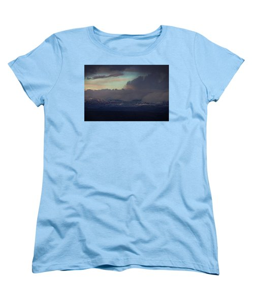 Women's T-Shirt (Standard Cut) featuring the photograph Sedona At Sunset With Red Rock Snow by Ron Chilston