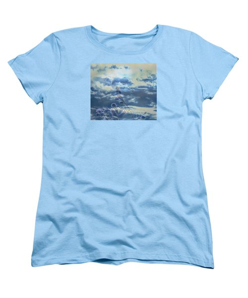 Women's T-Shirt (Standard Cut) featuring the photograph Spooky by Leif Sohlman