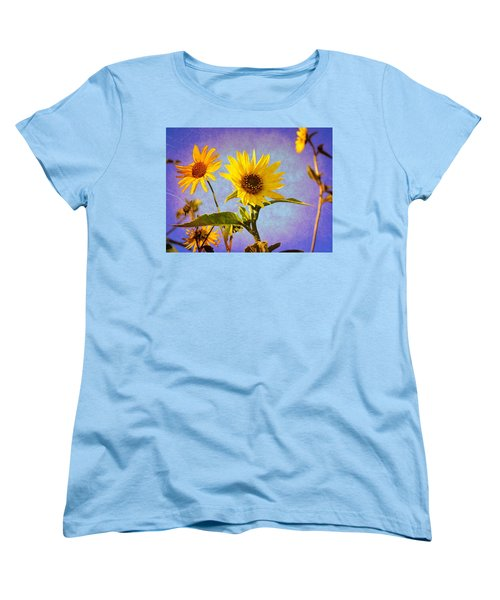 Sunflowers - The Arrival Women's T-Shirt (Standard Cut) by Glenn McCarthy Art and Photography