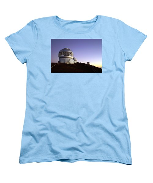 Women's T-Shirt (Standard Cut) featuring the photograph Sunset Over The Mauna Kea Observatories On Kona by Amy McDaniel