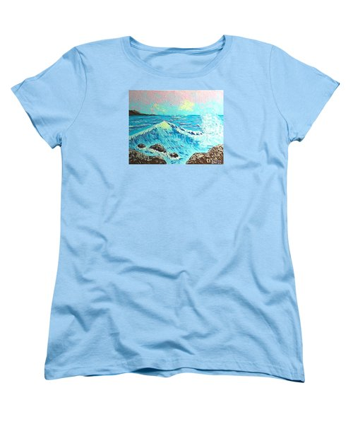 Waves Women's T-Shirt (Standard Cut)