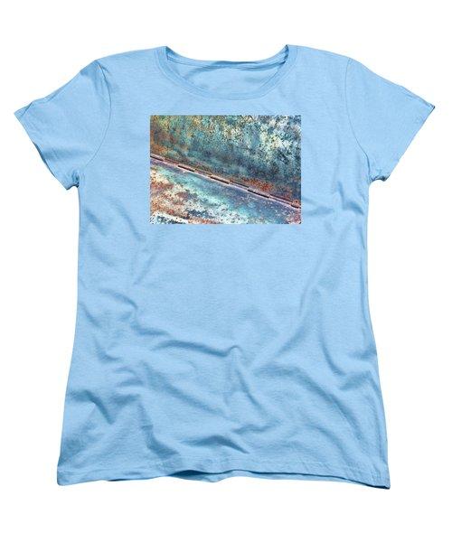 Weathered Women's T-Shirt (Standard Cut)