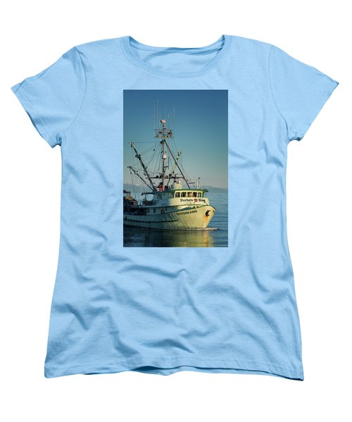 Women's T-Shirt (Standard Cut) featuring the photograph Western King At Breakwater by Randy Hall