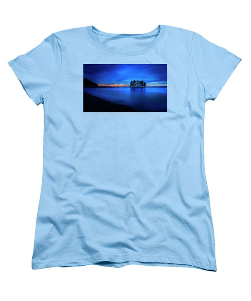 Women's T-Shirt (Standard Cut) featuring the photograph Whytecliff Sunset by John Poon
