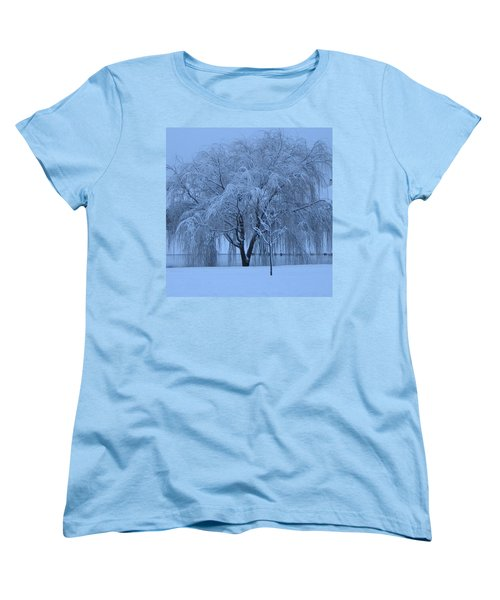 Women's T-Shirt (Standard Cut) featuring the photograph Winter Willow Tree Before Dawn_fort Worth_tx by Barbara Yearty
