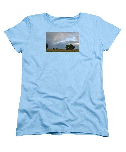 Wyoming Rainbow Women's T-Shirt (Standard Cut)