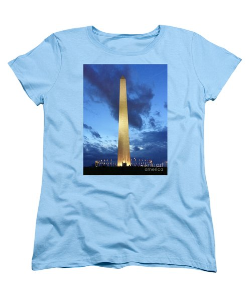 Washington Monument Women's T-Shirt (Standard Fit)