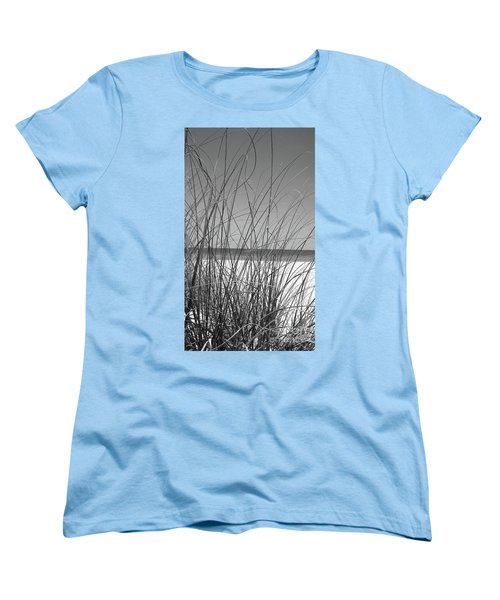 Black And White Beach View Women's T-Shirt (Standard Fit)