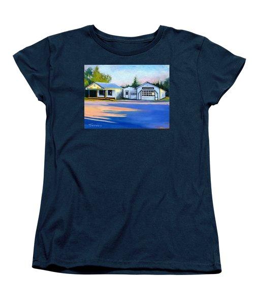 Huckstep's Garage Free Union Virginia Women's T-Shirt (Standard Cut) by Catherine Twomey