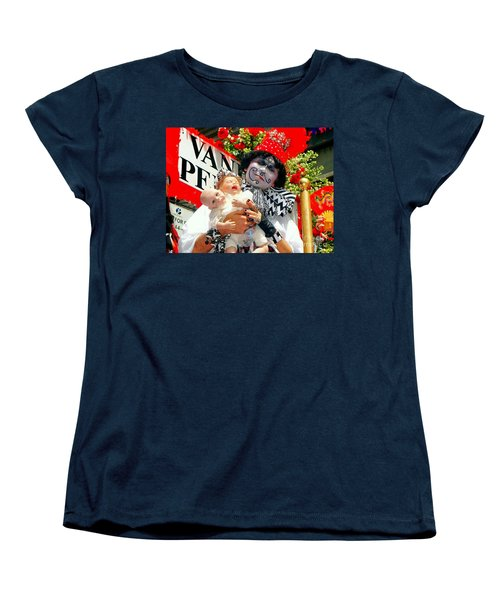 Women's T-Shirt (Standard Cut) featuring the photograph 2 Heads Are Better Than One by Ed Weidman