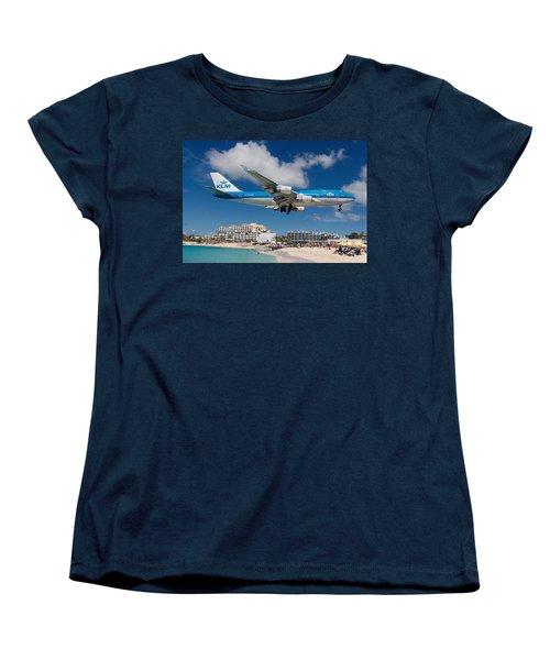 K L M Landing At St. Maarten Women's T-Shirt (Standard Cut) by David Gleeson