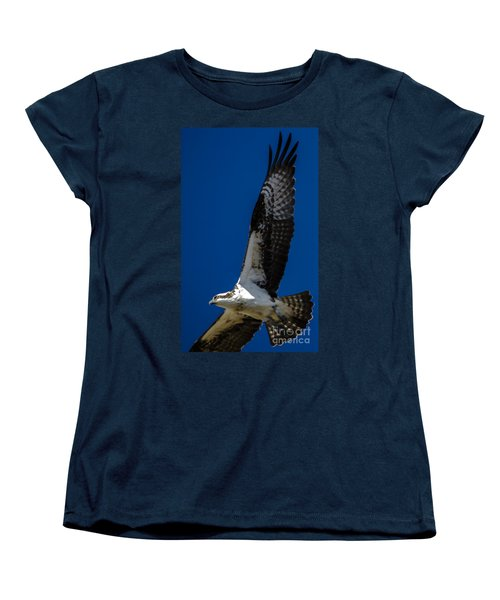 Women's T-Shirt (Standard Cut) featuring the photograph Osprey In Flight by Dale Powell