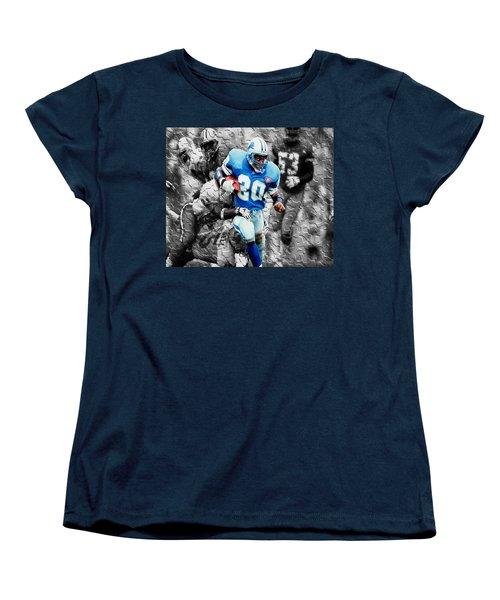 Barry Sanders Breaking Out Women's T-Shirt (Standard Cut) by Brian Reaves
