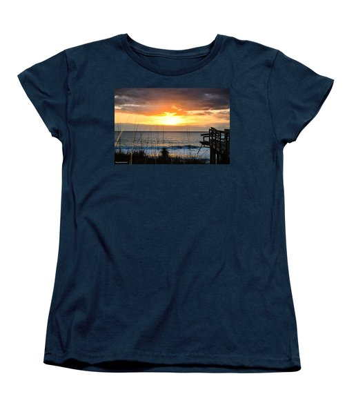 Brokenness And Beauty  Women's T-Shirt (Standard Cut) by Mary Ward