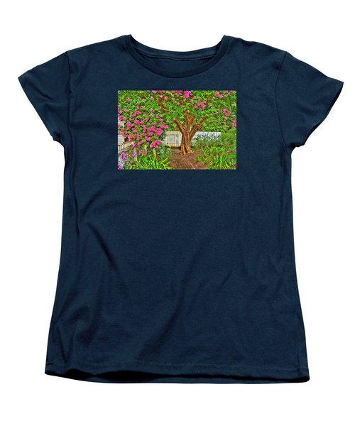 Women's T-Shirt (Standard Cut) featuring the photograph Crepe Myrtle In Wiliamsburg Garden by Jerry Gammon