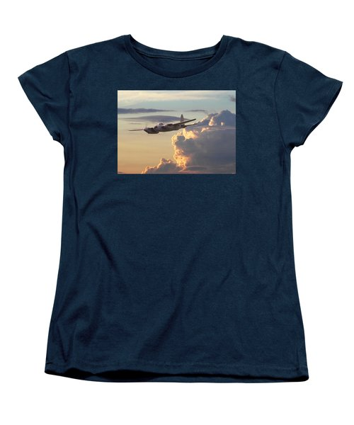 D  H Mosquito - Pathfinder Women's T-Shirt (Standard Cut) by Pat Speirs